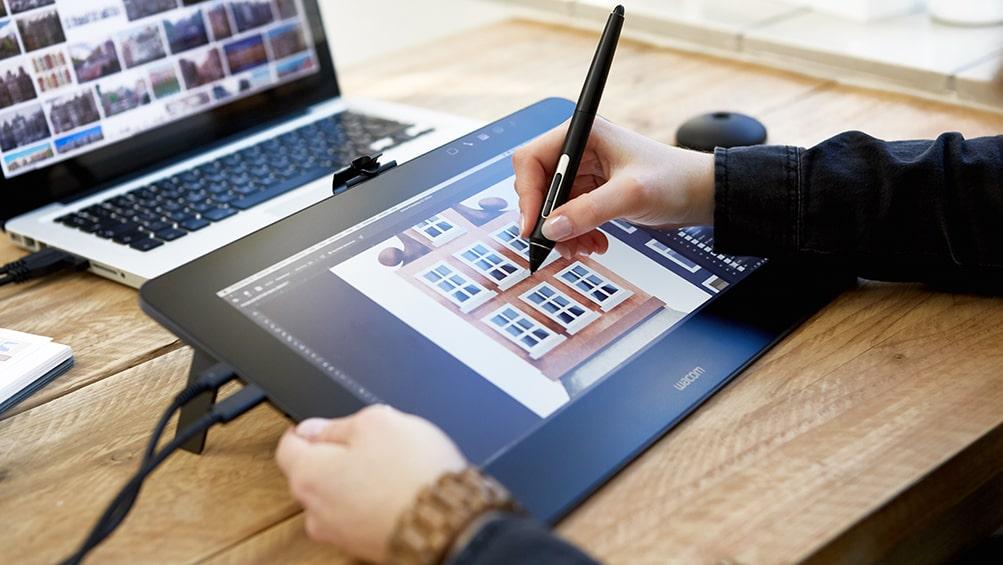 Wacom Cintiq Pro tablet graficzny z ekranem